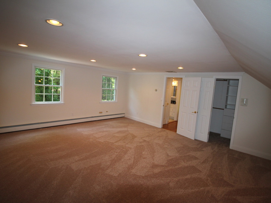 3 cakewalk terrace north smithtown ny home